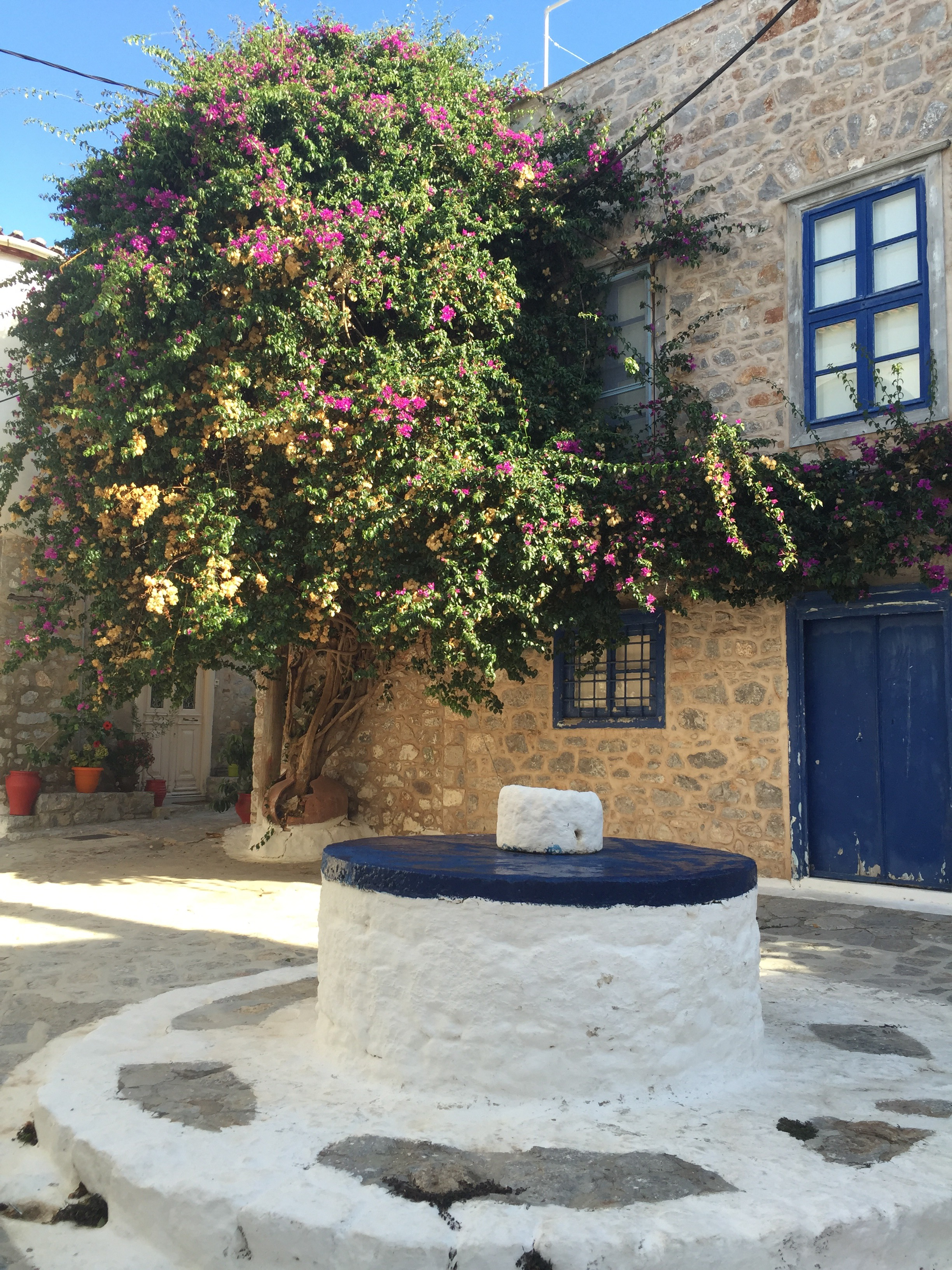 The house by the well. Home of authors George Johnston and Charmian Clift, Hydra, Greece. Image provided by Susan Johnson.