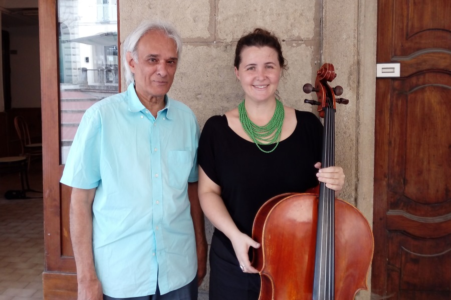 Katherine Philp with renowned cellist and advocate for contemporary music, Rohan de Saram (left). Image: Katherine Philp.